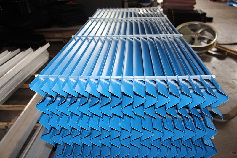 闭式冷却塔用收水器