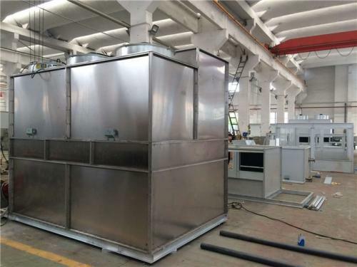 冷却塔是怎样用加热板来保温的